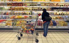 Commercio: gli acquisti delle famiglie diminuiti di 300 euro negli ultimi sei anni