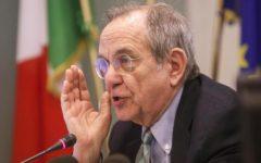 Padoan: l'economia italiana crescerà ancora, fino al 2% del Pil