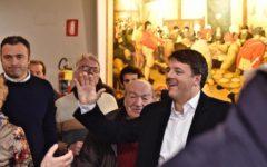 Pd: Orlando riconosce la vittoria di Renzi. Ora sfida alle primarie. D'Alema spara: «Siete Pdr»