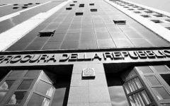 Firenze, denuncia studentesse Usa: carabiniere  va dai giudici. «Rapporto sessuale consenziente»