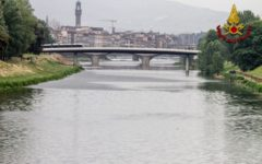 Firenze: cadavere di donna ripescato in Arno sotto il ponte della tramvia