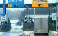 Autostrada A1: parzialmente allagata a Scandicci dal torrente Ghindossoli. Coda in diminuzione