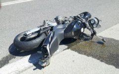 Terricciola (Pi): motociclista muore nello scontro fra due moto e un'auto