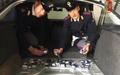 Firenze: carico di sigarette di contrabbando nell'auto trasformata in motoscafo. Arrestati dalla Polizia stradale