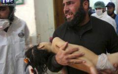 Siria, gas chimico: strage con 58 morti (11 bambini). Accuse ad Assad, Mosca lo difende: colpito arsenale ribelli