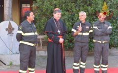 Firenze: il cardinale Giuseppe Betori visita i vigili del fuoco (foto)