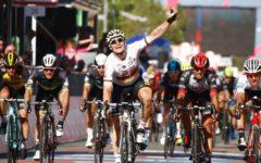 Giro d'Italia: al tedesco Greipel tappa e maglia rosa. Vince allo sprint a Tortoli