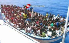 Migranti, Palazzo Chigi: Guardia costiera libica salva i 100 del barcone. Andranno a Misurata