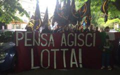 Massa: manifestazione con slogan inneggianti a Mussolini di Lotta studentesca, movimento di destra. Controllata dalla polizia, possibili den...