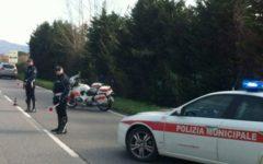 Pisa: anziana muore travolta da un'auto presso le strisce pedonali. Gravemente ferito il marito