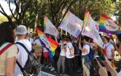 Arezzo: al via il Toscana pride, partecipano migliaia di persone