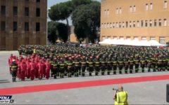 Roma: protestano i vigili del fuoco, il governo trova 17 miliardi per le banche, ma niente per noi