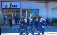 Piombino: Aferpi, i sindacati protestano contro governo e regione. Chiedono certezze per l'occupazione