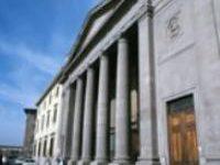 Firenze: la camera di Commercio mette al bando i contanti, da oggi 5 giugno