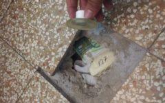 Firenze: cocaina e soldi sotto la mattonella. Fiutati da Amper, cane poliziotto