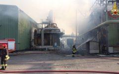 Pomarance (Pi): evacuata centrale Enel attaccata dalle fiamme