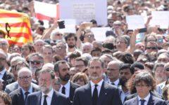 Barcellona: tre dei quattro attentatori uccisi dalla polizia. Si teme per un terzo italiano