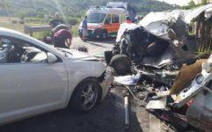 Subbiano (Arezzo) drammatico incidente: 60 feriti. Scontro fra bus, furgone e 4 auto