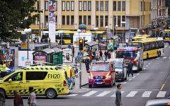 Finlandia: attacco con due morti e otto feriti. L'accoltellatore gridava: «Allah Akbar»