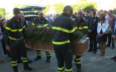 Lucca: lutto cittadino e bandiere a mezz'asta per i funerali dei due operai