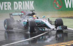 Monza F1: Hamilton in pole, sotto la pioggia. Ferrari di Vettel e Raikkonen in terza fila