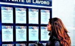 Lavoro: disoccupazione giovanile cala al 32,7%, ma resta ai livelli più alti in Europa