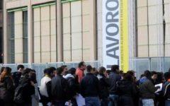 Istat, lavoro: calano i disoccupati. Donne occupate al 49%, è record (ma sempre penultimi in Europa)