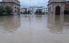 Livorno, maltempo: annullato il Festival dell'umorismo