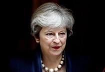 Londra: governo May sull'orlo della crisi, si dimette Davis, il ministro per la Brexit