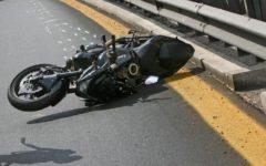 Magliano (Gr): motociclista perde una gamba nello scontro con un'auto