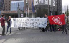 Firenze: presidio davanti al tribunale dei movimenti di lotta per la casa