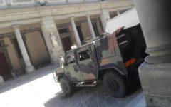 Firenze: finisce agli Uffizi con auto a noleggio. Ha sbagliato strada