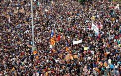 Catalogna: la Corte costituzionale spagnola vieta la seduta del Parlamento. Per evitare la dichiarazione d'indipendenza