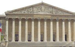 Francia: l'Assemblea approva leggi speciali antiterrorismo, protestano le sinistre