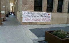 Firenze, Università: striscioni e scritte sui muri a favore dalla Catalogna