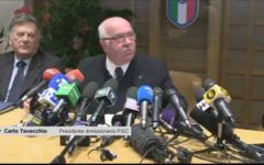Calcio, Tavecchio: dopo le dimissioni clamoroso sfogo dell'ex presidente. Accuse per tutti