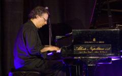 Firenze: «Musica dei popoli» porta Uri Caine al Teatro di Rifredi