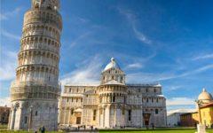 Pisa: eclatante protesta delle guide turistiche contro furti e scorribande di rom e venditori abusivi