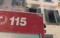 Firenze: incendio in appartamento, 4 intossicati, locali parzialmente inagibili