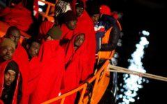 Migranti: gli sbarchi non cessano neppure per Natale, salvati nel Mediterraneo 255 su gommone e barchini