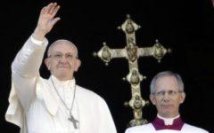Natale: Papa Bergoglio parla ancora dei migranti. Socci, è ossessionato e non conosce neppure il Vangelo