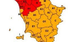 Toscana: allerta rossa nel NordEst, pericolo per venti e piogge diffuse. Nel resto del territorio allerta arancione