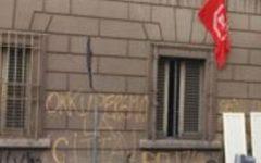 Firenze: ripartono le occupazioni abusive, 20 antagonisti occupano edificio già sede Inps
