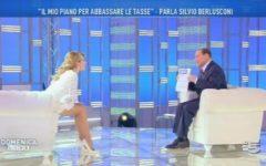 Berlusconi a Domenica Live:  «I 5 stelle? Più pericolosi dei post-comunisti del '94. Ma io sono ancora qui»