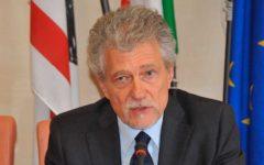 Arezzo: il sindaco Ghinelli intenterà causa a maria Elena Boschi per danno d'immagine alla città