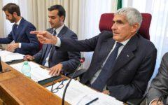 Banche, commissione parlamentare: non c'è accordo, relazione di maggioranza. Critiche a Consob e Bankitalia