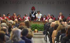Firenze, anno giudiziario, Cassano: «Reati in forte aumento». Viola: «Ben 17 femminicidi»