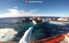 Migranti: L'Australia ha organizzato i respingimenti assistiti di chi sbarca eliminando le morti in mare