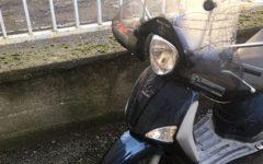 Firenze: vigili urbani restituiscono lo scooter al proprietario, che non si era accorto del furto