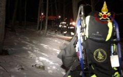 Otto persone disperse sulla Montagna Pistoiese: una è ferita. Le ricerche dei vigili del fuoco
